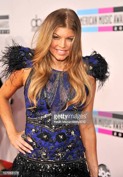 Fergie arrives at the 2010 American Music Awards held at Nokia Theatre L.A. Live on November 21, 2010 in Los Angeles, California.