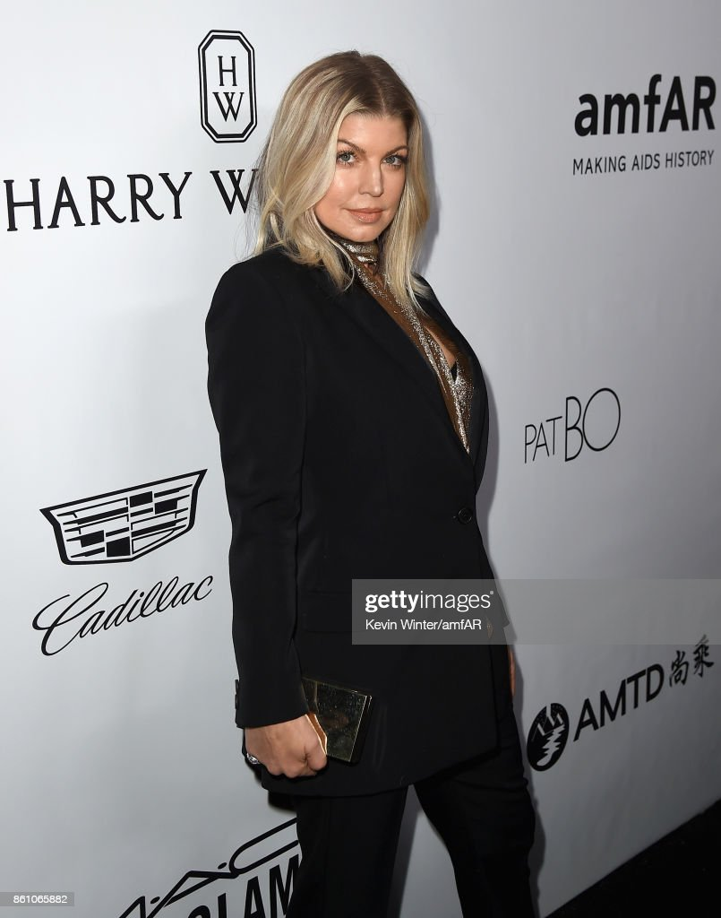 Fergie attends the amfAR Gala Los Angeles 2017 at Ron Burkle's Green Acres Estate on October 13, 2017 in Beverly Hills, California.