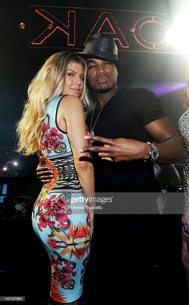 Fergie (L) celebrates her birthday with Ne-Yo at 1 Oak Nightclub at the Mirage on March 30, 2012 in Las Vegas, Nevada.