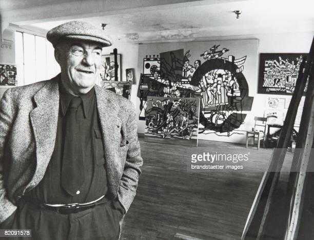 Fernand Lger in his studio France Around 1950 Photography [Fernand Lger in seinem Atelier Frankreich Um 1950 Photographie]