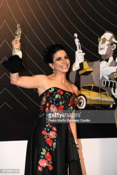 Fernanda Toussaint poses with the Ariel Award for Actress in Supporting Role for 'Oso polar' during the 60th Ariel Awards at Palacio de Bellas Artes...