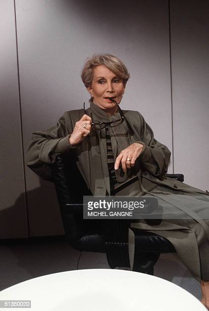 Fernande Grudet aka Madame Claude poses 05 May 1986 in Paris for the photographer prior a TV talkshow Mme Claude ran in the 1980s a major...