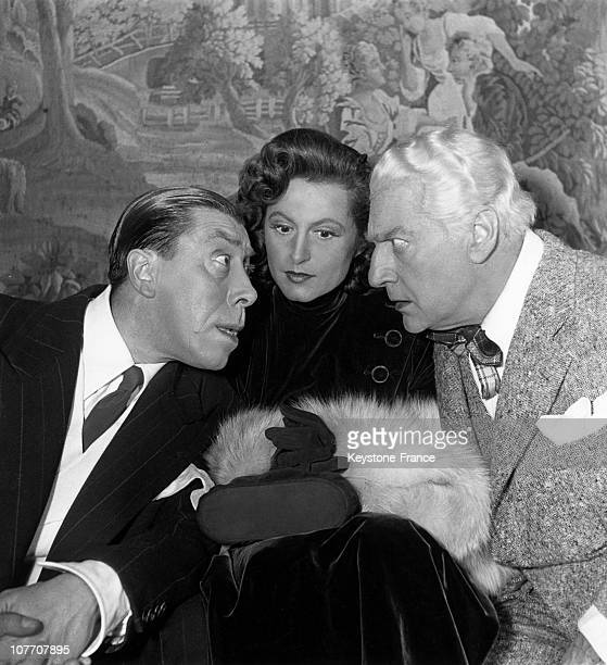 FRANCE CIRCA 1949 Fernandel Lana Marconi And Sacha Guitry During Rehearsals Of The Play 'You Saved My Life' At The Theatre Of VarietesLa First Will...