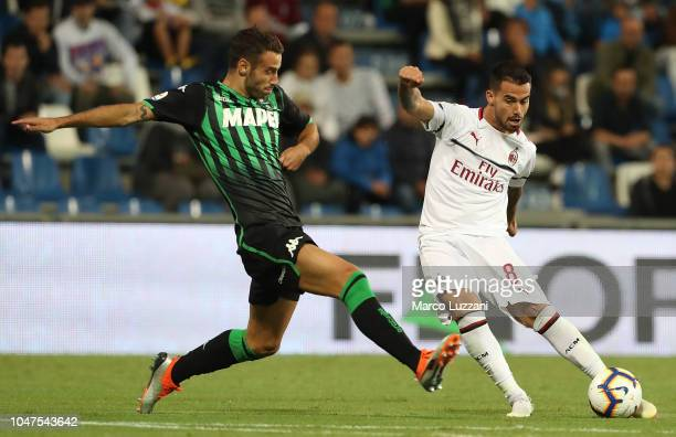 Fernandez Suso of AC Milan scores his goal during the Serie A match between US Sassuolo and AC Milan at Mapei Stadium Citta' del Tricolore on...