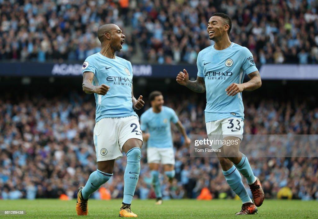 Manchester City v Stoke City - Premier League : News Photo