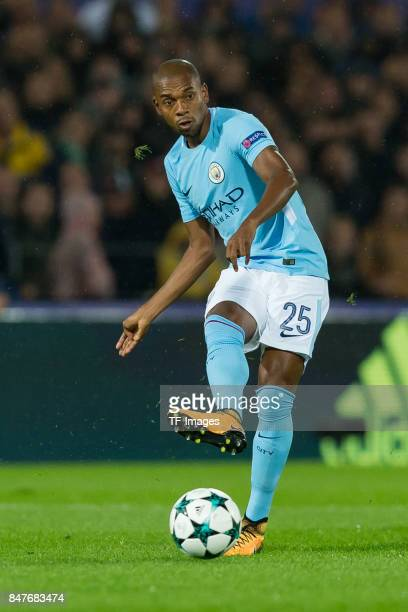 Fernandinho of Manchester City controls the ball during the UEFA Champions League match between Feyenoord Rotterdam and Manchester City at Stadion...
