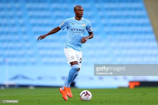 Fernandinho of Manchester City runs with the ball during the Premier League match between Manchester City and Leicester City at Etihad Stadium on...
