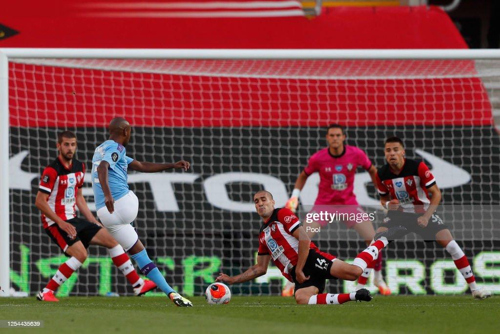Southampton FC v Manchester City - Premier League : News Photo