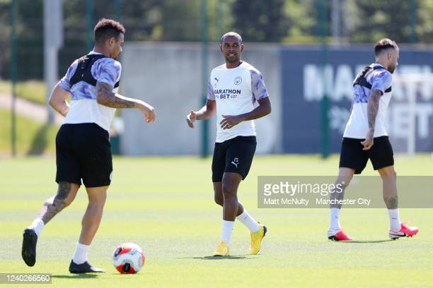 Fernandinho of Manchester City warms up during the training session at Manchester City Football Academy on June 01 2020 in Manchester England