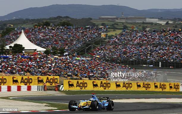 Fernando Alonso of Spain and Renault in action during the Spanish Formula One Grand Prix at the Circuit De Catalunya on May 14 in Barcelona Spain