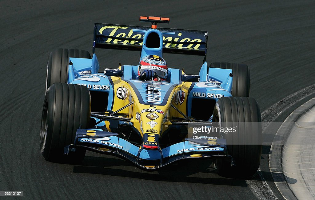 Fernando Alonso of Spain and Renault in actipon during the Hungarian F1 Grand Prix at the Hungaroring on July 31, 2005 in Budapest, Hungary.
