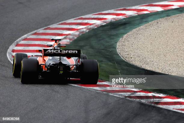 Fernando Alonso of Spain driving the McLaren Honda Formula 1 Team McLaren MCL32 on track during day two of Formula One winter testing at Circuit de...