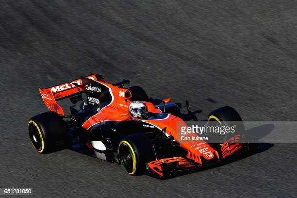 Fernando Alonso of Spain driving the McLaren Honda Formula 1 Team McLaren MCL32 on track during the final day of Formula One winter testing at...