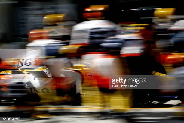 Fernando Alonso, Renault R28, Grand Prix of Turkey, Istanbul Park, 11 May 2008. Fernando Alonso making a pit stop during the 2008 Turkish Grand Prix...