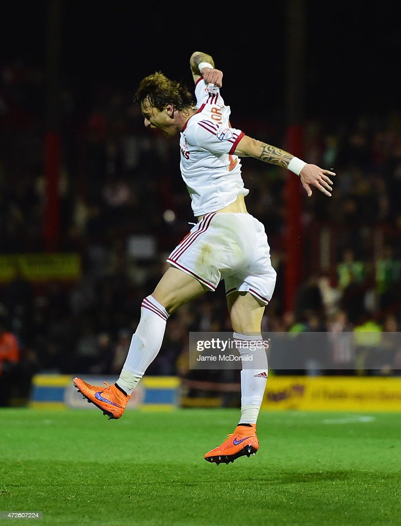 Fernando Amorebieta of Middlesbrough celebrates as he scores their second goal during the Sky Bet Championship Playoff semi-final first leg match between Brentford and Middlesbrough at Griffin Park on May 8, 2015 in Brentford, England.