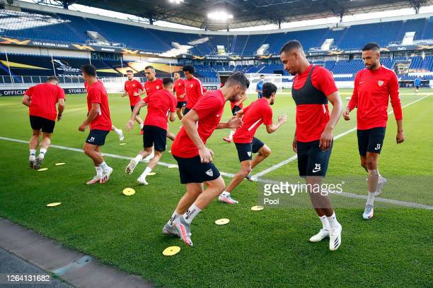 Fernando and team mates warm up during a Sevilla Training Session And Press Conference at MSV Arena on August 05 2020 in Duisburg Germany