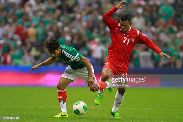 Fernando Arce of Mexico struggles for the ball with Amilcar Henriquez of Panama during a match between Mexico and Panama as part of the CONCACAF...