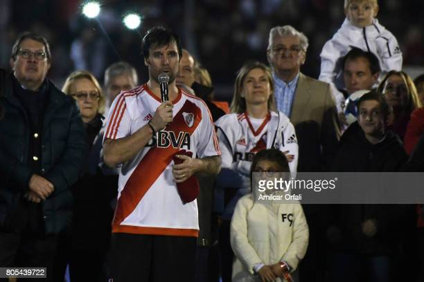 Fernando Cavenaghi speaks to the fans after the Fernando Cavenaghi's farewell match at Monumental Stadium on July 01 2017 in Buenos Aires Argentina