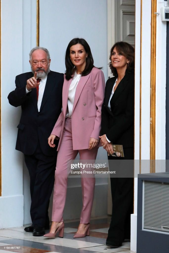 Queen Letizia of Spain Arrives At The Royal Palace : News Photo