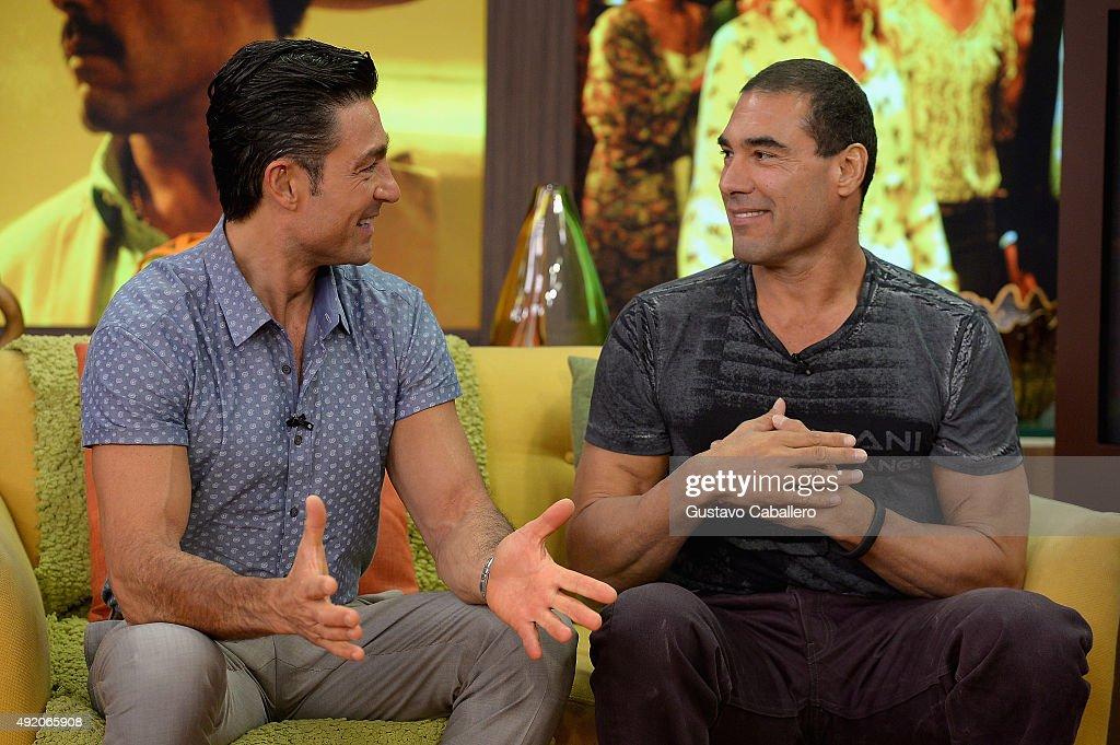Celebrities On The Set Of Univision's Despierta America : Fotografía de noticias
