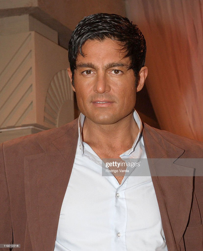 Amor Real fernando colunga during univision press conference