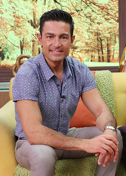 Fernando Colunga visits the set of