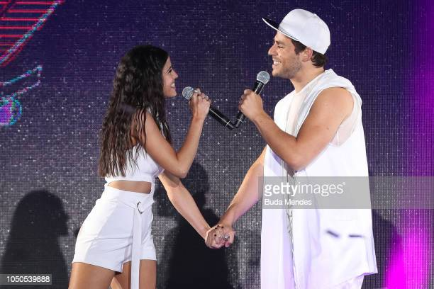 Fernando Dente and Candelaria Molfese during the opening ceremony of the Buenos Aires 2018 Youth Olympic Games at Obelisco monument on October 06...
