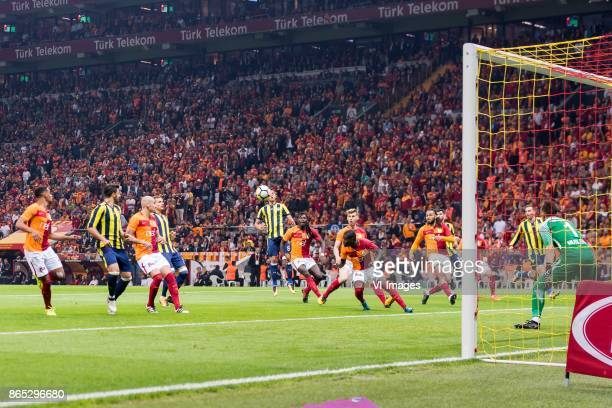 Fernando Fransisco Reges of Galatasaray SK Ozan Tufan of Fenerbahce SK Maicon Pereira Roque of Galatasaray SK Roman Neustadter of Fenerbahce SK Ozan...