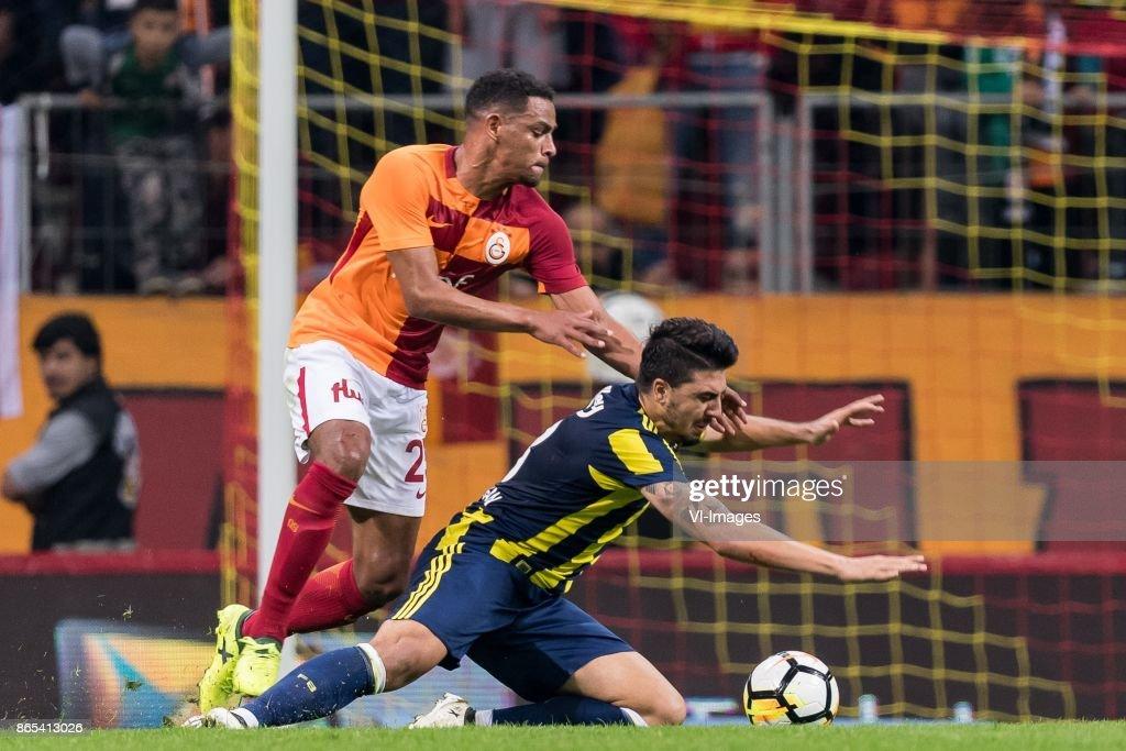Turkish Spor Toto Super Lig'Galatasaray AS v Fenerbahce AS' : Foto di attualità