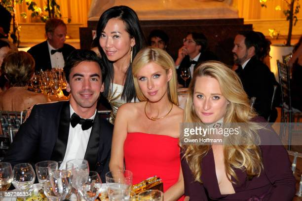 Fernando Garcia Tina Craig Nicky Hilton Rothschild and Whitney Davis attends the New York City Ballet's 2017 Fall Fashion Gala on September 28 2017...
