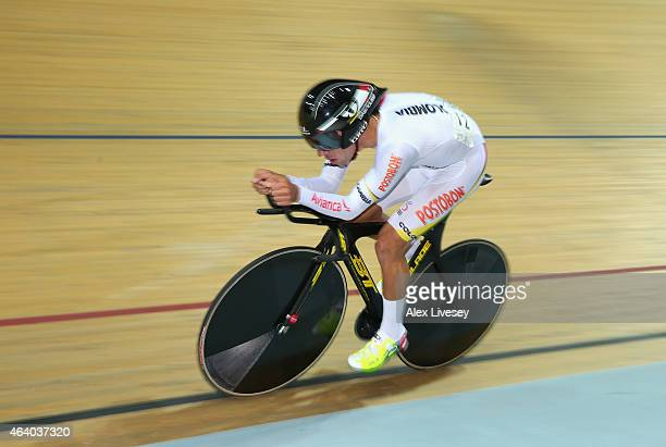 Fernando Gaviria of Colombia competes in the Men's Omnium 1Km Time Trial during Day Four of the UCI Track Cycling World Championships at the National...