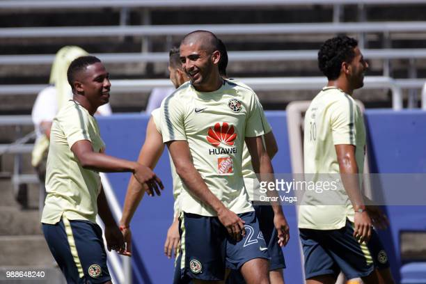 Fernando Gonzales of Club America warms up during the trainin session at Cotton Bowl on June 29, 2018 in Dallas, Texas.