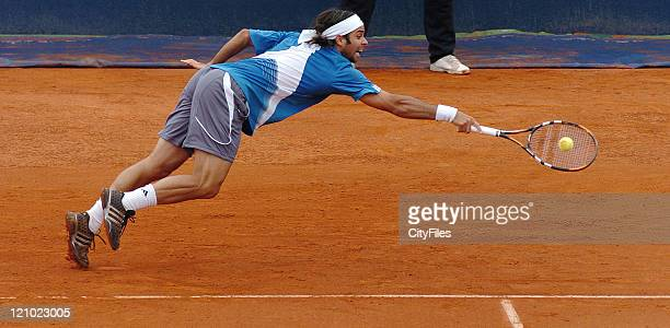 Fernando Gonzalez during the match against Henri Mathieu at the 2007 Estoril Open, in Estoril, Portugal on May 1, 2007.