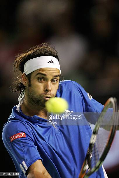 Fernando Gonzalez of Chile defeating Tommy Haas of Germany, 6-1, 6-2, 6-1, in the semi-final of the 2007 Australian Open at Melbourne Park in...