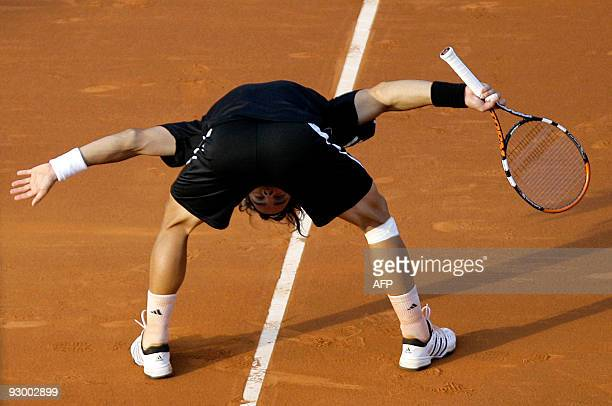 Fernando Gonzalez of Chile protests during his match against Spain's Fernando Verdasco of the Barcelona Open tennis tournament on April 24, 2009 in...