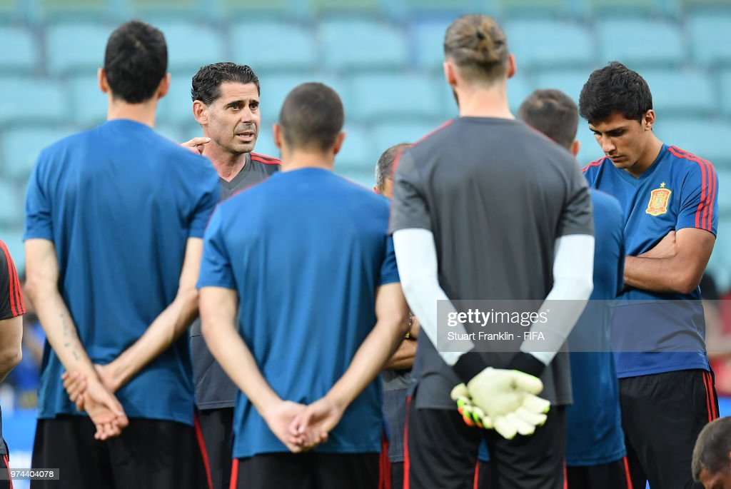 Fernando Hierro, newly appointed head coach of Spain talks to his players during training of the Spanish national football team at Fisht Stadium on June 14, 2018 in Sochi, Russia.