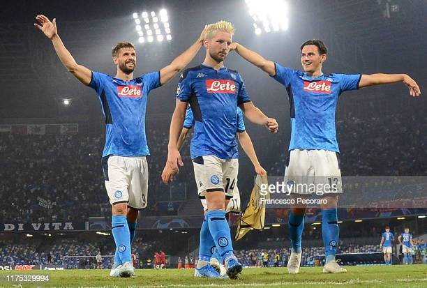 Fernando Llorente Dries Mertens and Eljif Elmas of SSC Napoli celebrate the victory after the UEFA Champions League group E match between SSC Napoli...