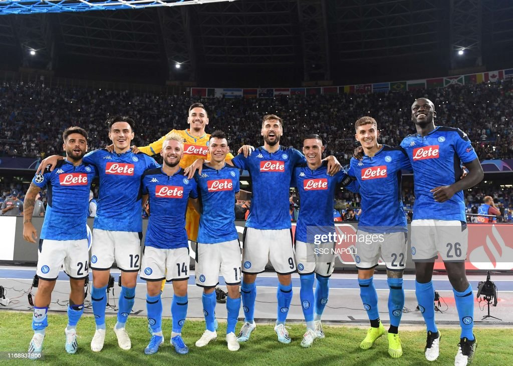 SSC Napoli v Liverpool FC: Group E - UEFA Champions League : ニュース写真