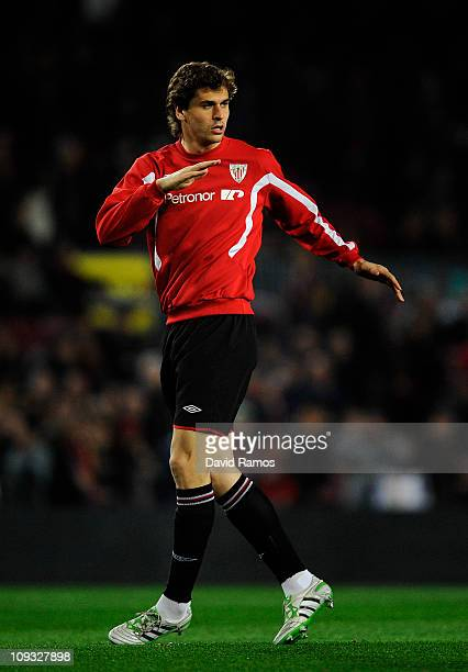 Fernando Llorente of Athletic Bilbao warms up prior La Liga match between FC Barcelona and Athletic Bilbao at Camp Nou on February 20 2011 in...