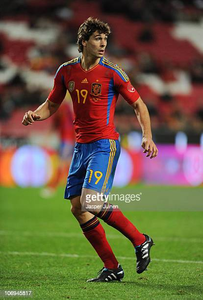 Fernando Llorente of Spain in action during the International Friendly match between Portugal and Spain at the Estadio da Luz on November 17 2010 in...