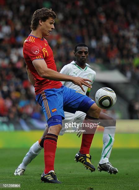 Fernando Llorente of Spain shields the ball from Saud Kariri of Saudi Arabia during the International Friendly match between Spain and Saudi Arabia...