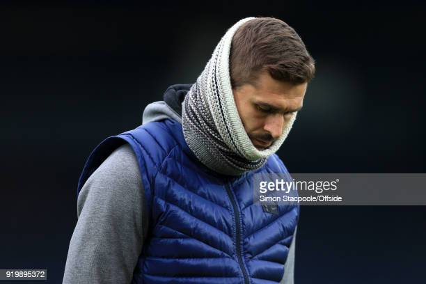 Fernando Llorente of Spurs wears a snood before The Emirates FA Cup Fifth Round match between Rochdale AFC and Tottenham Hotspur at Spotland Stadium...