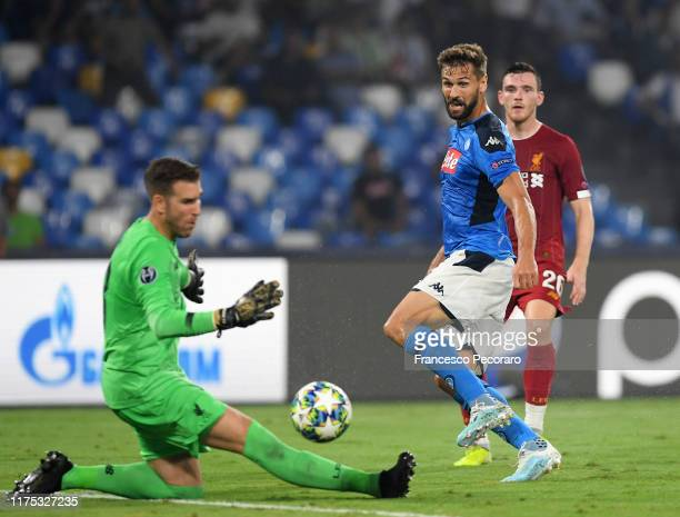 Fernando Llorente of SSC Napoli scores the 20 goal during the UEFA Champions League group E match between SSC Napoli and Liverpool FC at Stadio San...