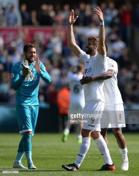 Fernando Llorente of Swansea celebrates at the final whistle with Leroy For of Swansea City during the Premier League match between Swansea City and...