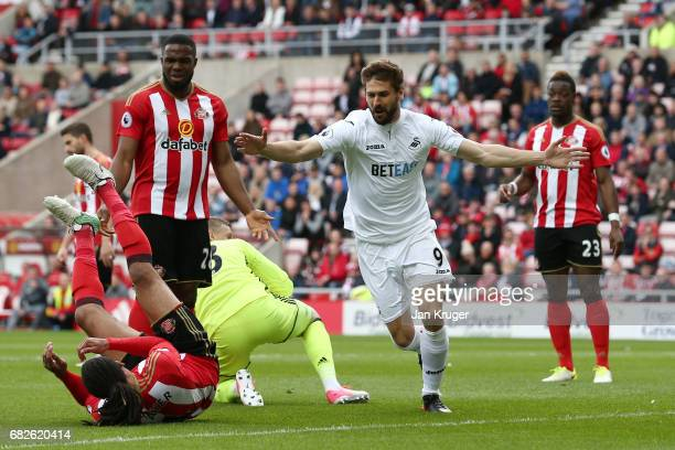 Fernando Llorente of Swansea City celebrates scoring his sides first goal during the Premier League match between Sunderland and Swansea City at...