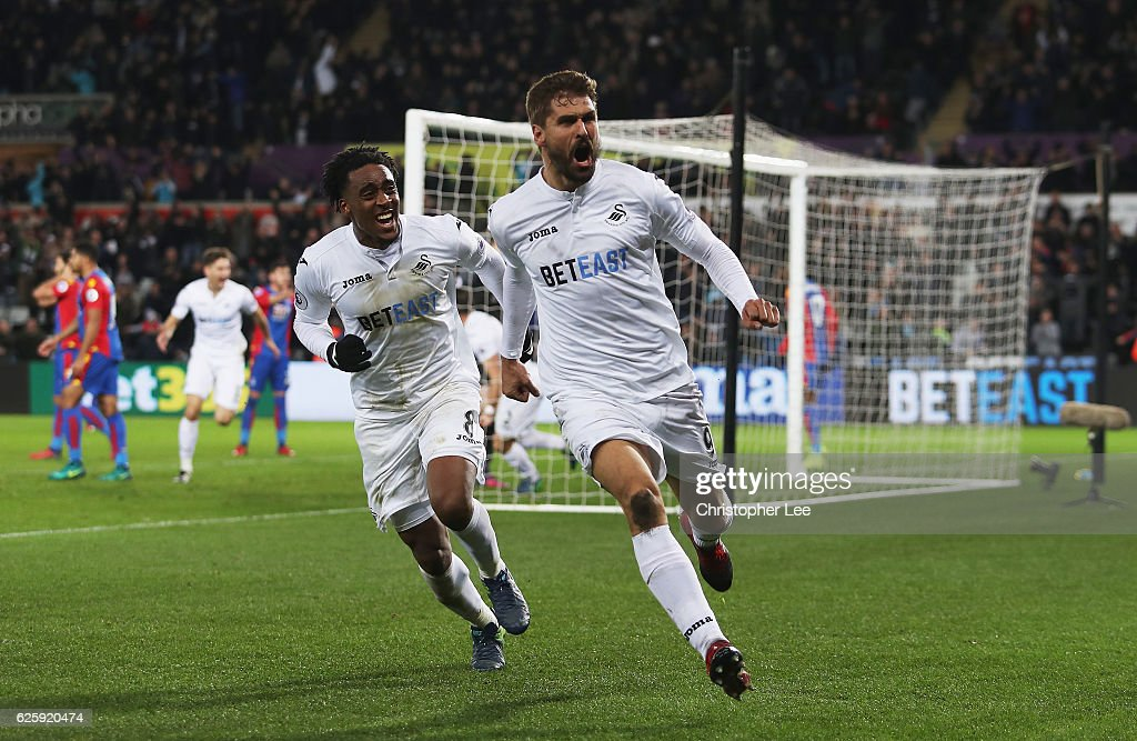 Swansea City v Crystal Palace - Premier League