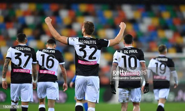 Fernando Llorente of Udinese Calcio celebrates after scoring their team's first goal during the Serie A match between Udinese Calcio and US Sassuolo...