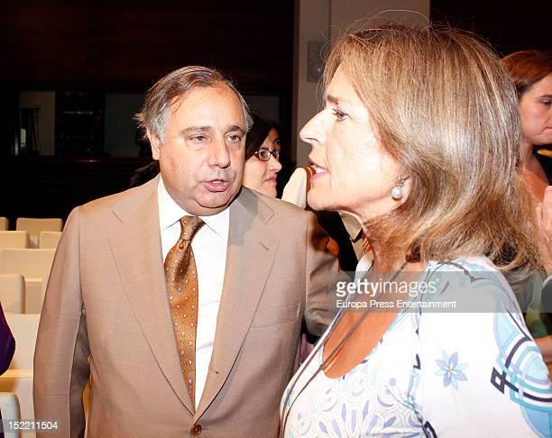 Fernando Martinez de Irujo and Ana Botella attend the presentation of 'El Legado Casa de Alba' painting exhibition on September 14, 2012 in Madrid,...
