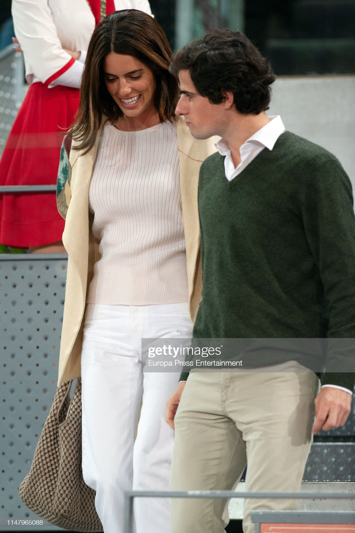 https://media.gettyimages.com/photos/fernando-martinez-de-irujo-and-sofia-palazuelo-attend-mutua-madrid-picture-id1147965088?s=2048x2048