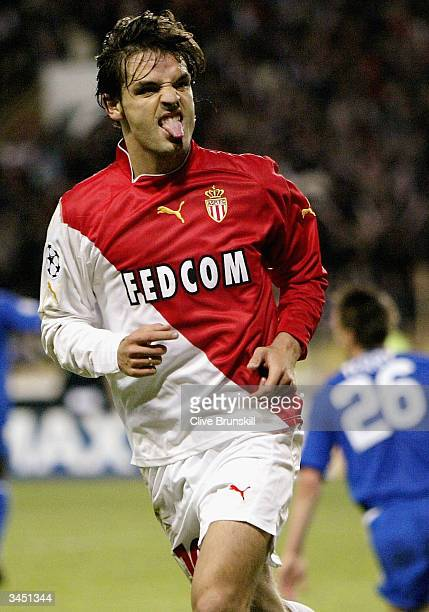 Fernando Morientes of Monacoscores celebrates scoring the 2nd goal during the UEFA Champions League Semi Final first leg match between AS Monaco and...